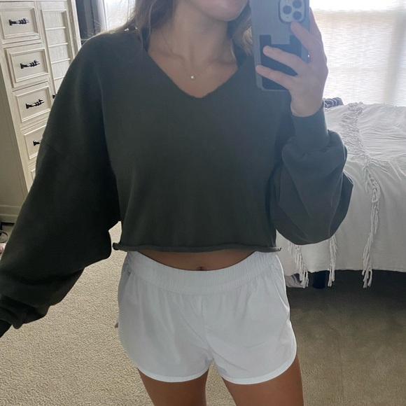 Wild fable Olive green cropped sweatshirt